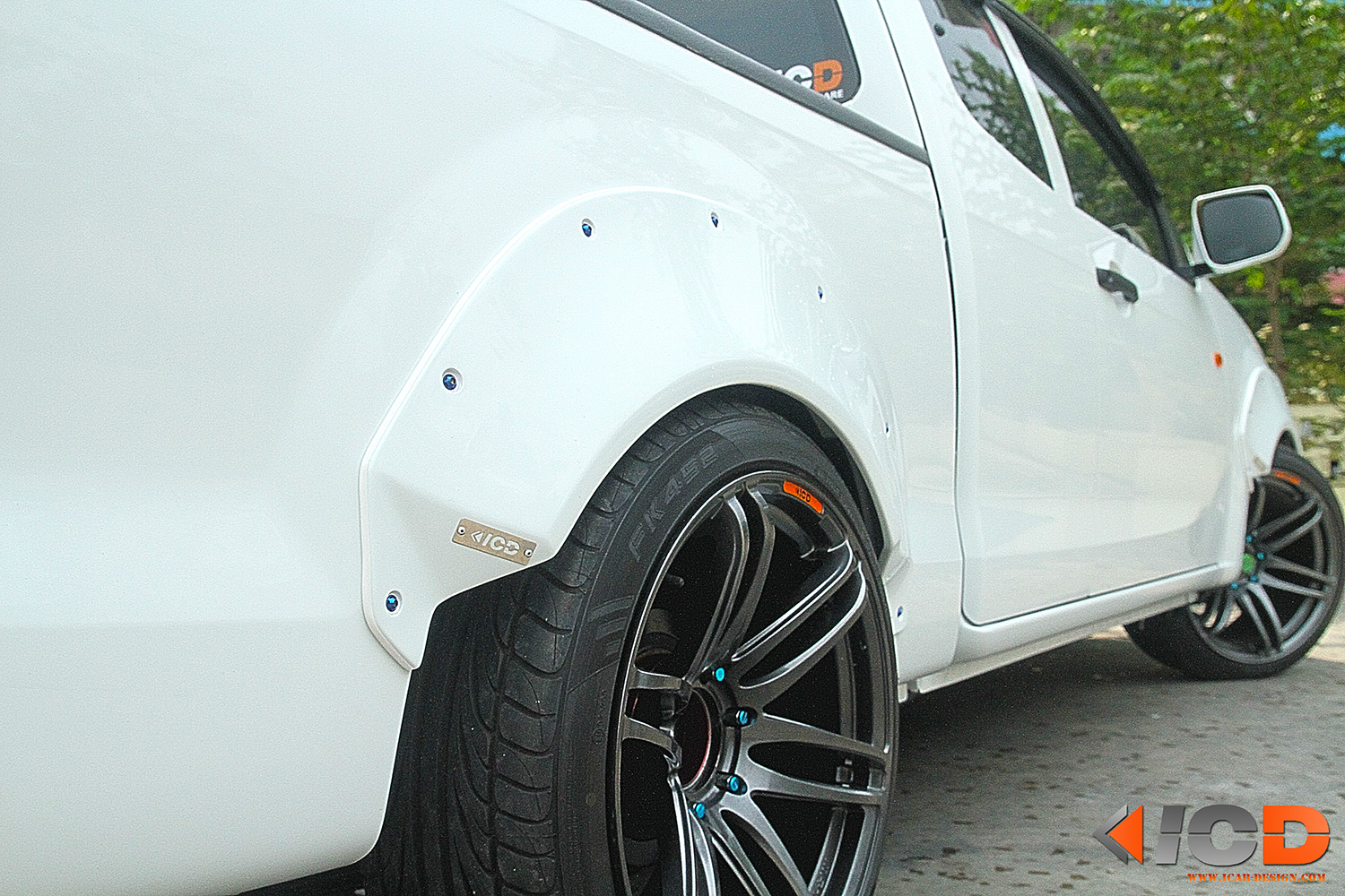 ISUZU All New D-Max Fender Flare Racing Style-6
