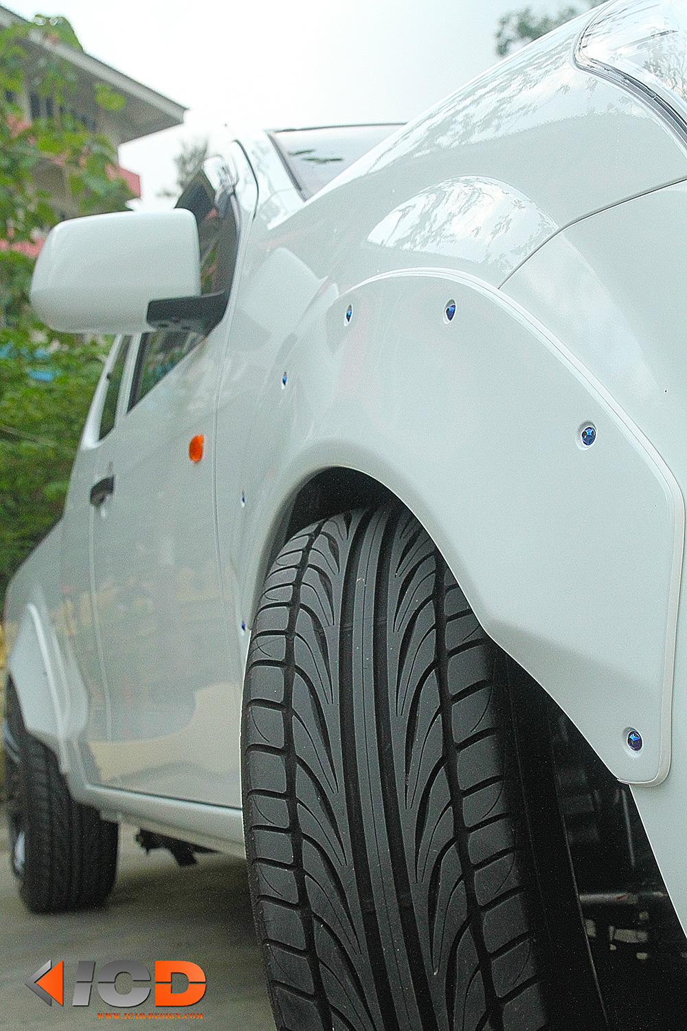 ISUZU All New D-Max Fender Flare Racing Style-8