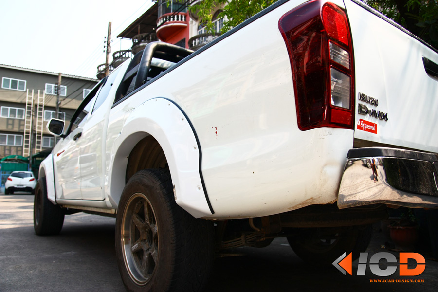 D-MAX 2012 Fender Flare-2