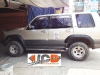 isuzu-trooper-fender-flares-1